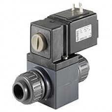 Direct acting solenoid valve for aggressive media